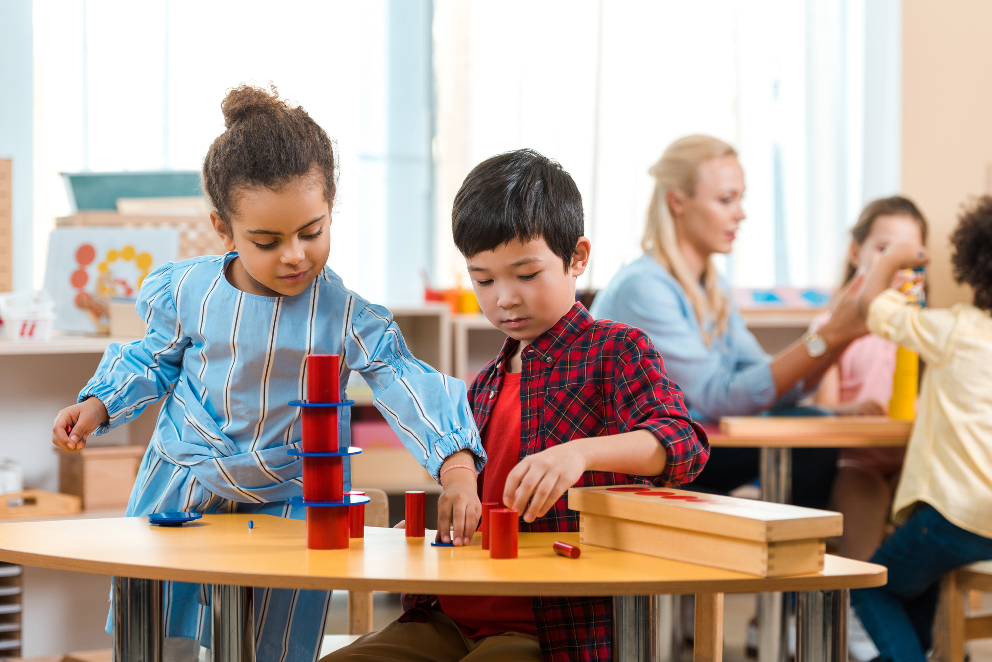 kids playing in class - What is UDL